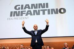 Gianni Infantino nói gì khi ngồi ghế chủ tịch FIFA?