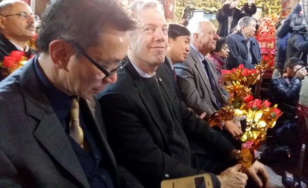 trình diễn hầu đồng, Phủ Dầy, Đại sứ Mỹ, Ted Osius, chầu văn
