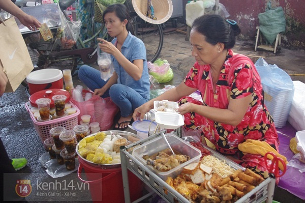 6 khu ẩm thực Sài Gòn đến phải no căng bụng mới về