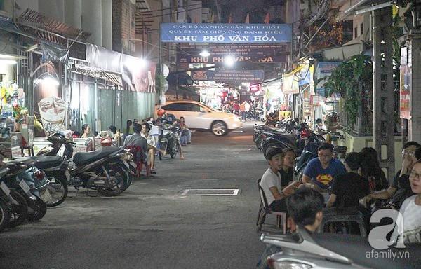 ngõ ẩm thực, ẩm thực sài gòn, ăn gì khi đến sài gòn, Sài Gòn, ẩm thực