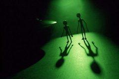 """Tranh cãi về """"phát hiện"""" giọng nói của người ngoài hành tinh"""