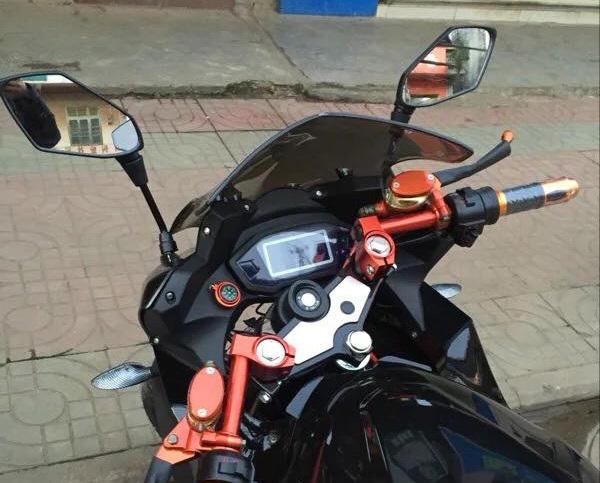 Siêu xe máy chạy điện xôn xao dân chơi