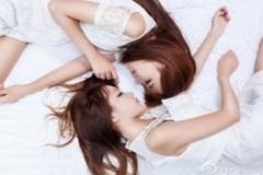 """Cặp thiên thần song sinh rank Cao Thủ Liên Minh Huyền Thoại làm người xem """"tan chảy"""""""