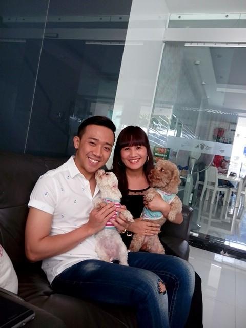 'Chị Dần' khoe ảnh chụp cùng Hari Won ở nhà Trấn Thành