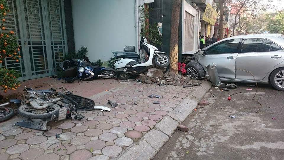 Vụ Camry gây tai nạn và chuyện người Việt 'nhờn luật'