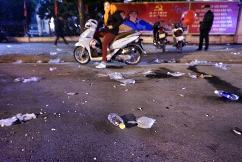 Trở lại Hà Nội, thấy đúng như Bí thư nói về rác