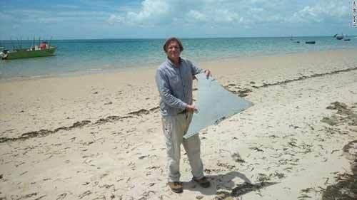 Hình ảnh mảnh vỡ nghi của MH370