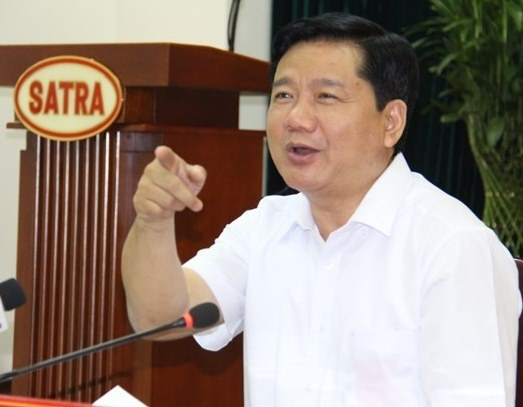Bí thư thành ủy TP.HCM, Đinh La Thăng, hỏi bà nội trợ