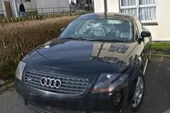 Tỷ phú ăn mày, giấu xế hộp Audi bạc tỉ ở nhà