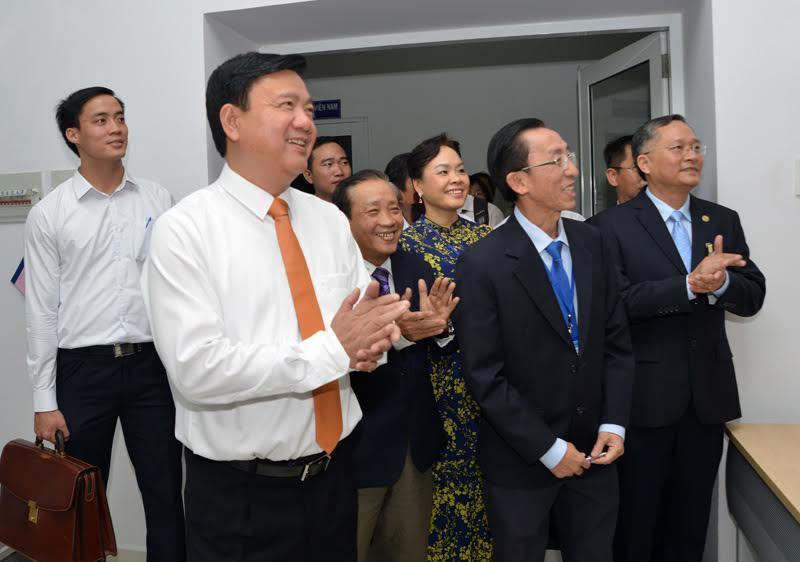 học viện cán bộ, Đào tạo cán bộ, Đinh La Thăng, Bí thư Thành ủy Đinh La Thăng