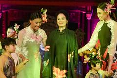 Ngắm các huyền thoại điện ảnh Việt trình diễn thời trang