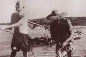 Chuyện Bác Hồ kéo lưới ở Sầm Sơn