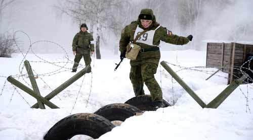 Nét quyến rũ khó cưỡng của nữ quân nhân Nga