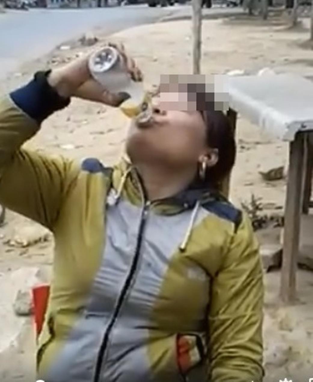Clip con gái Hòa Bình uống rượu bằng bát gây sốt