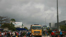 Bí thư Đà Nẵng: Thấy xe tải chạy láo cứ gọi cho tôi!