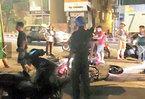 Ngang nhiên chém người, cướp xe trên phố Sài Gòn