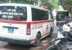 Xe cấp cứu bất lực dù cách nạn nhân 1m