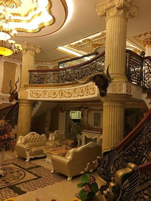 phòng khách hoàng gia, nhà Lý Nhã Kỳ, nhà đẹp, biệt thự của Lý Nhã Kỳ