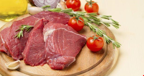 Ăn nhiều thịt đỏ dễ dậy thì sớm