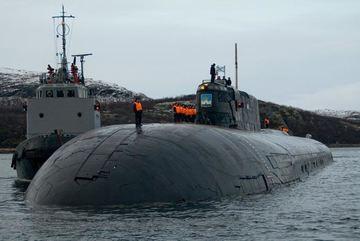 Nga dỡ bỏ tên lửa trên tàu ngầm hạt nhân lớn nhất thế giới