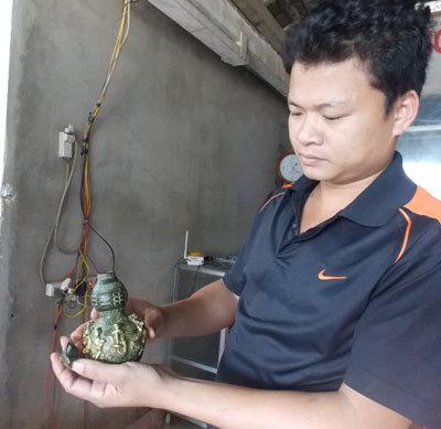Xôn xao bình hồ lô cổ giá chục tỷ ở Quảng Nam