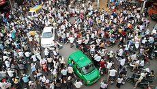 """Người Việt định """"dúi ít tiền"""" khi vi phạm giao thông ở Mỹ"""