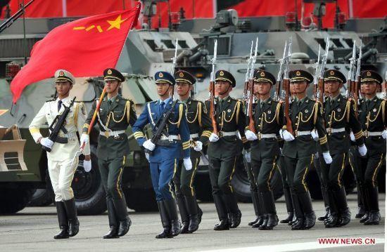 Ngân sách quốc phòng TQ, PLA, tàu sân bay, đảo nhân tạo, kinh tế TQ