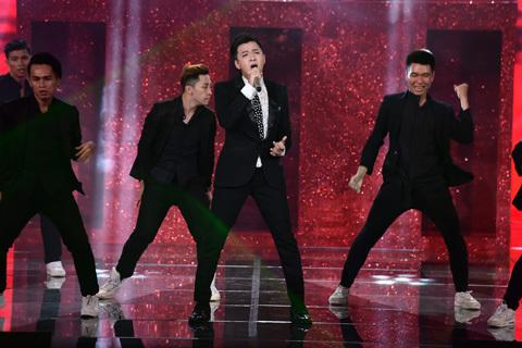 The Remix, Hòa âm và Ánh sáng, Dương Khắc Linh, Lưu Thiên Hương, Noo Phước Thịnh, Hương Tràm