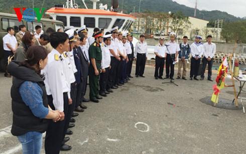 Tưởng niệm 64 anh hùng liệt sĩ hy sinh bảo vệ Gạc Ma