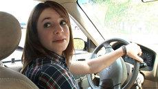 Kinh nghiệm lùi xe an toàn