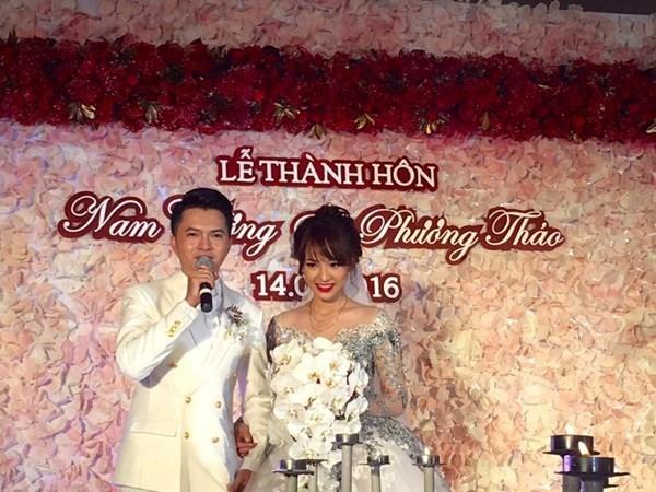 Nam Cường bất ngờ kết hôn cùng cô dâu 9X