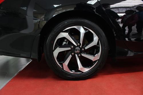 Honda Accord 2016: nhiều nâng cấp sáng giá