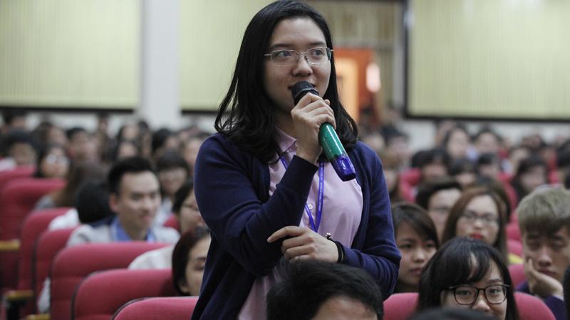 Tổng Giám đốc IMF, thơ Nguyễn Trãi, ĐH Kinh tế Quốc dân