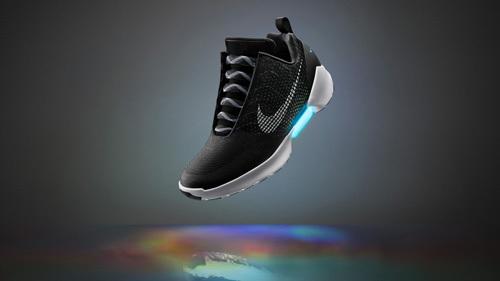 Nike ra mắt giày công nghệ cao
