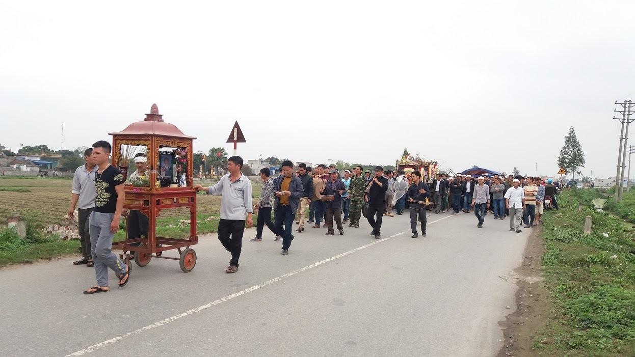 Gia cảnh  người cưa vật liệu vụ nổ Văn Phú