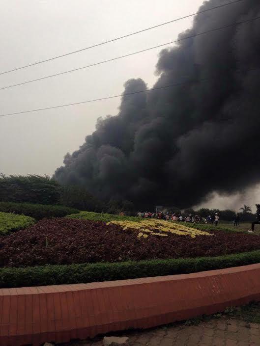 Cháy lớn ở nhà máy Viglacera Vĩnh Phúc