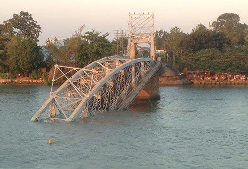 Vụ sập cầu Ghềnh: mất 3 đến 5 tháng sửa chữa