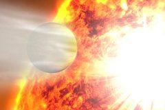Phát hiện hành tinh có quỹ đạo kỳ dị chưa từng thấy