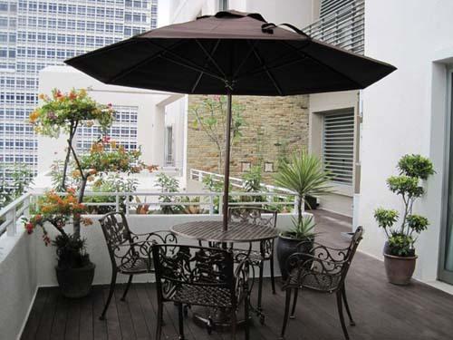 vườn hoa ban công, cải tạo ban công, trồng hoa trên sân thượng