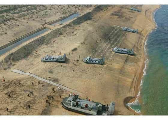 Xem Triều Tiên tập trận đổ bộ, chống đổ bộ