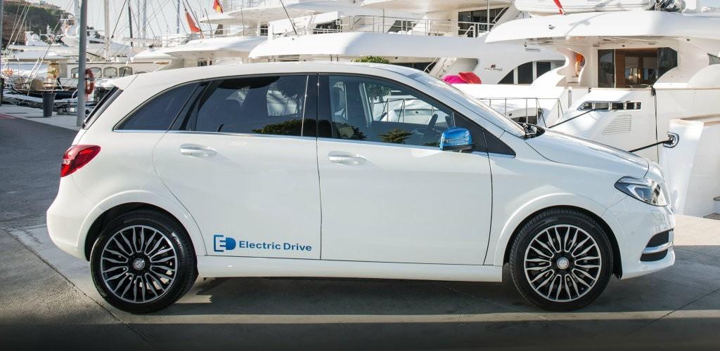 20160322085334 mau xe dien5 Điểm mặt những mẫu xe điện hot nhất năm 2016