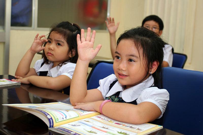 Phụ huynh Pháp, trẻ em Việt, du học, Việt Nam, giáo dục, y tế