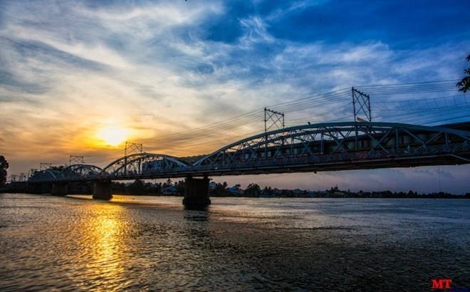 Cầu cổ ở Việt Nam, Cầu trăm tuổi Việt Nam, Cầu Ghềnh trăm tuổi