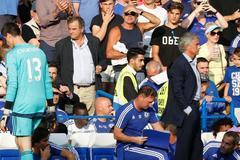 "Thibaut Courtois: ""Chelsea trảm Mourinho là đúng"""