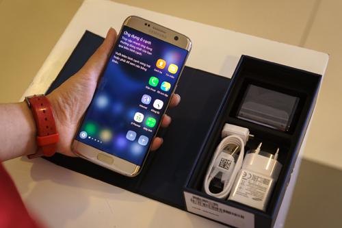 Galaxy S7, Galaxy S7 edge cháy hàng ở Việt Nam