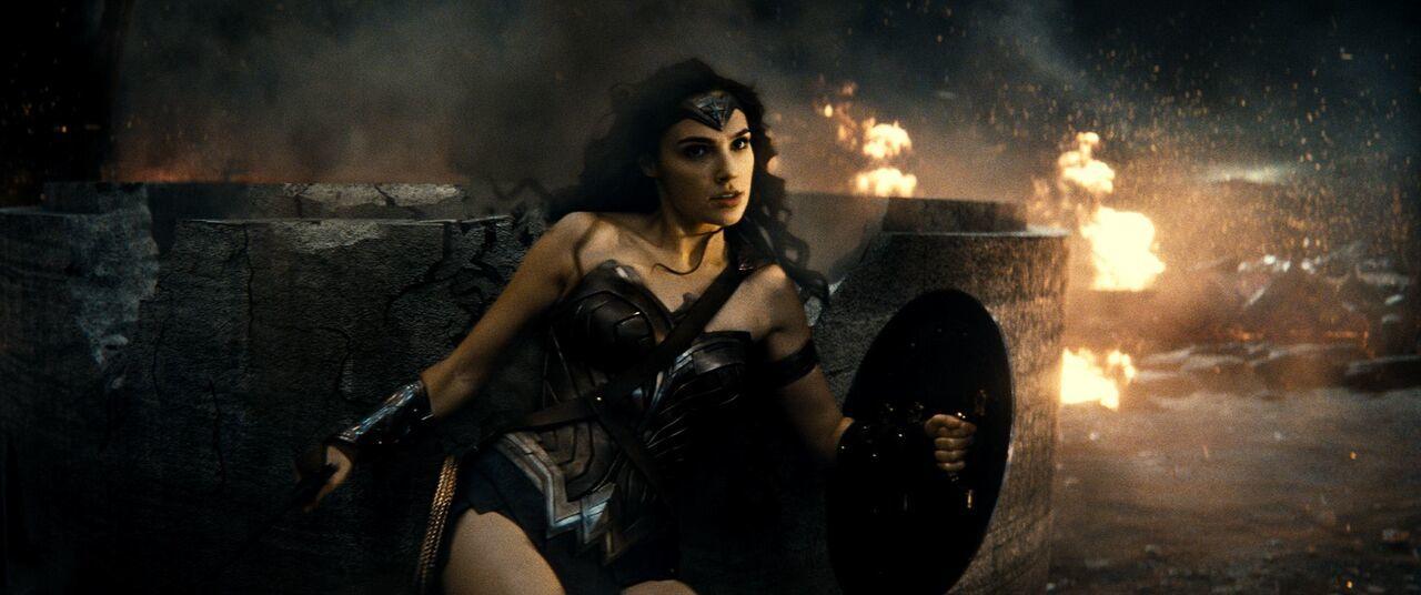 Cấm tiết lộ nội dung 'Batman đại chiến Superman'