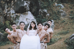 """""""Điêu đứng"""" trước bộ ảnh cưới """"Hậu duệ mặt trời"""" phiên bản Việt"""