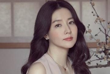 Hành động bất ngờ của mỹ nhân đẹp nhất xứ Hàn với VN
