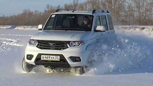 Ôtô Nga giá 300 triệu đồng sắp bán ở Việt Nam