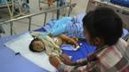 Bé gái 9 tháng tuổi bị bắn 6 viên đạn vào người
